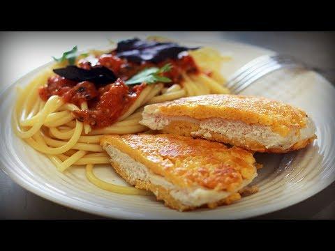 Спагетти с курицей меланезе. Рецепт Джейми Оливера