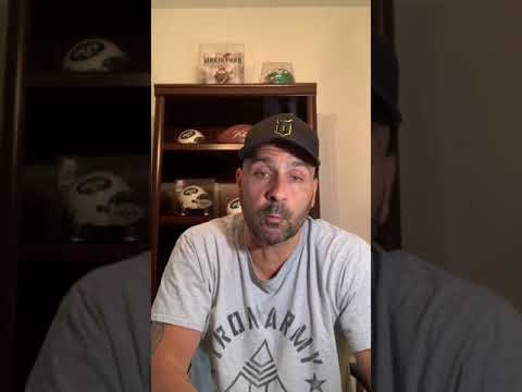 Crowder contract becoming interesting situation for Joe Douglas