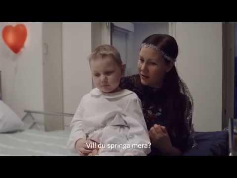 Luciatåg på barnonkologen i Uppsala