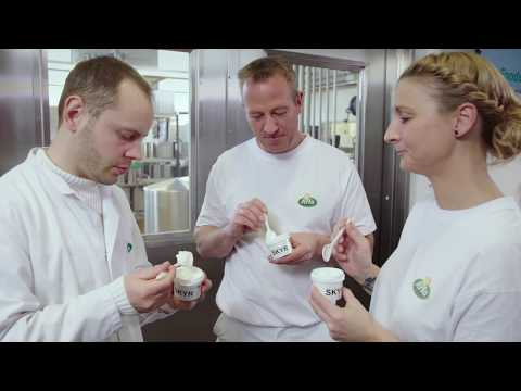 Super-smooth skyr - China's next dairy novelty