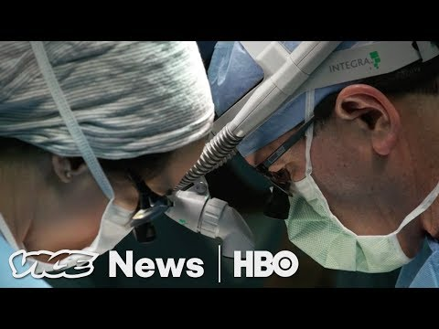Doctors In Danger & A Church For Immigrants: VICE News Tonight Full Episode (HBO)