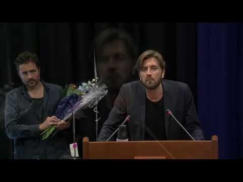 Ruben Östlund och Erik Hemmendorff tar emot Västra Götalandsregionens kulturpris 2015