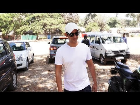 connectYoutube - Sharman Joshi Spotted At Aram Nagar 2 For Dubbing His Upcoming Film Kaashi