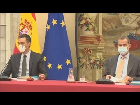 Felipe VI y Pedro Sánchez, juntos antes de su visita a Barcelona