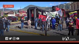 Trabajadores de instituciones públicas protestaron