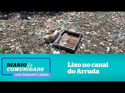 Um mar de lixo no canal do Arruda