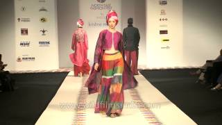 Indian ethnic wear by Krishna Mehta: Delhi Fashion Show