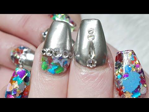 Acrylic Nails - Silver Chrome Pigment - Glitter Embedding - Swarovski Crystals