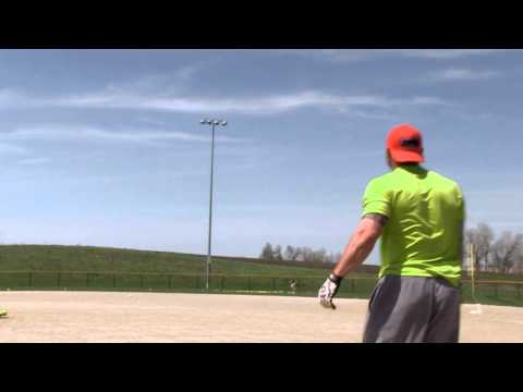 2014 Miken Psycho SuperMax USSSA Slow Pitch Bat Video