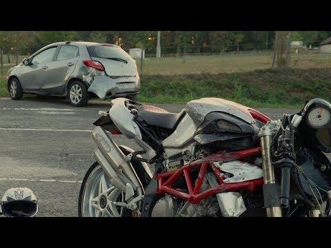 Motorradfahrer stirbt an Unfallstelle
