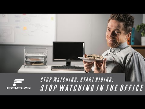 Stop watching in the office. // FOCUS Izalco Max 9.7 AXS