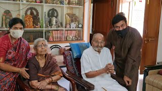 Megastar Chiranjeevi Meets Director k Viswanath Along With His Wife | TFPC - TFPC