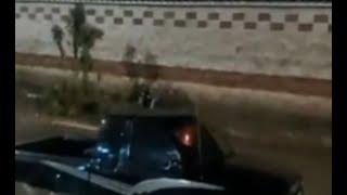 Auto atrapado en inundaciones en Quetzaltenango