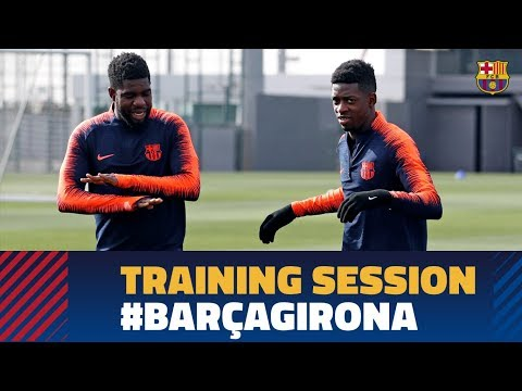 Messi stops rondo as Dembélé nutmegs Jordi Alba
