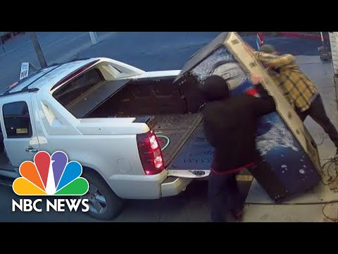 Thirsty Thieves Struggle To Steal Pepsi Machine Yards From Police Station | NBC News