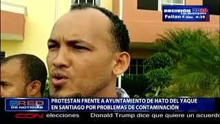 Protestan frente a ayuntamiento de Hato del Yaque  en Santiago por problemas de contaminación