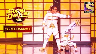 "Vivek And Ruel's Charismatic Performance On ""Malhari"" 