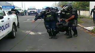 Casa Presidencial: Manifestación se torna violenta y deja a oficiales de la Fuerza Pública heridos
