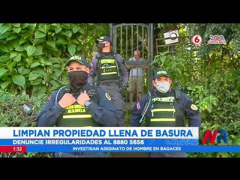 Limpian propiedad llena de basura en Alajuela