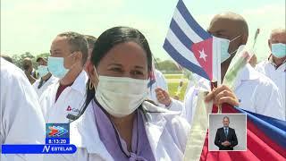 Regresa a Cuba Contingente Médico Henry Reeve tras batallar la Covid-19 en México