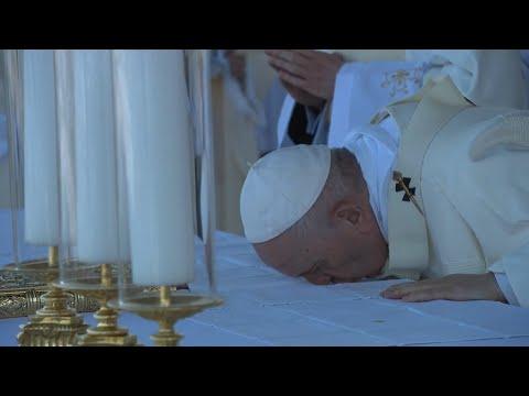 El papa concluyó, en plena forma, el viaje a Eslovaquia con una misa masiva