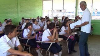 Rendimiento académico de estudiantes afectado por cambio de metodología de enseñanza