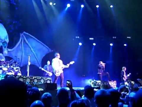 Avenged sevenfold tour dates in Sydney