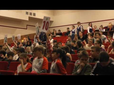 В Томске школьники вышли на Светофорный ринг, чтобы сразиться в знаниях Правил дорожного движения