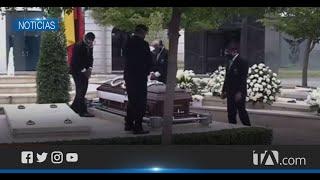 Familiares y autoridades  le dieron el adiós final al expresidente Gustavo Noboa