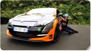 Rollerblading vs Drifting   Wheel Race