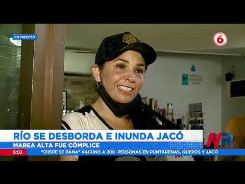 Río se desborda e inunda Jacó