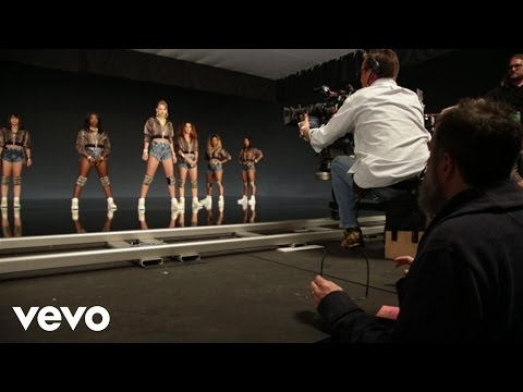 connectYoutube - Taylor Swift - Shake It Off Outtakes Video #8 - The Director
