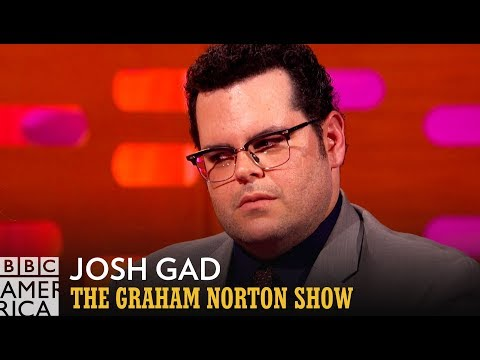 Josh Gad Employs the 'Who Farted?' Acting Technique - The Graham Norton Show
