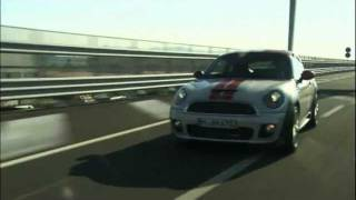 MINI Cooper Coupe 2012 Roadtest