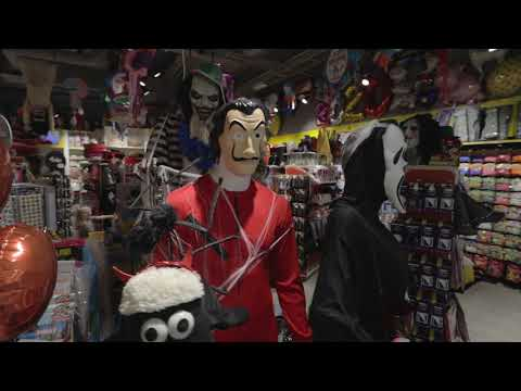 Butterick's Täby Centrum Youtube Halloween