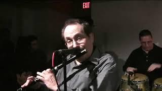 Eddy Zervigon y La Orchesta Broadway en el Centro Julia De Burgos video por Jose Rivera 2010