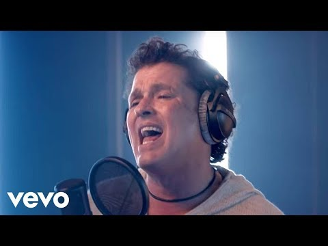 Carlos Vives - Nuestro Secreto (Official Video)