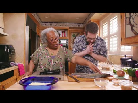 Mama B's Twist On Fried Nuggets & Chowder with Ian Hecox | Sunday at Nana's