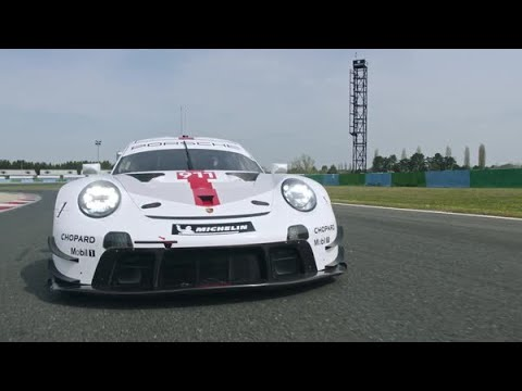 The new 911 RSR - driving footage