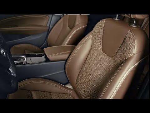 Lusso da Business Class nella Nuova Opel Insignia.