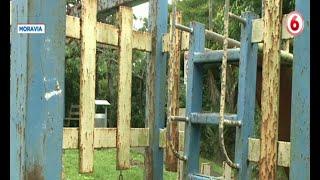 Vecinos de Moravia piden mantenimiento para juegos infantiles oxidados y dañados