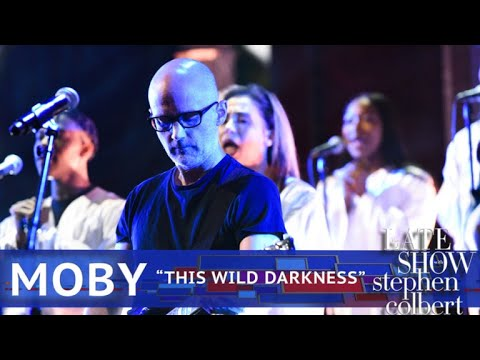 Moby Performs 'This Wild Darkness'