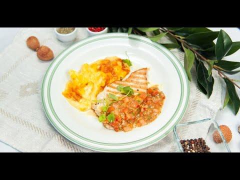 Стейки индейки с томатной сальсой и запечённой цветной капустой | Дежурный по кухне