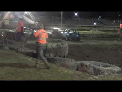 Halloween Chain & wire Demolition Derby 2018 (Bay county fairgrounds) Bay City,Michigan