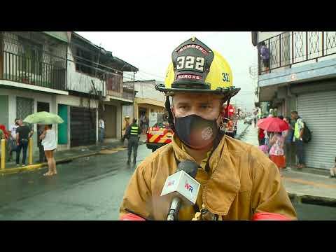 Dos menores de edad y un adulto resultaron afectados en un incendio este domingo en Alajuela