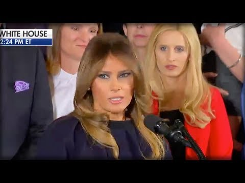 RIGHT IN MIDDLE OF SPEECH, MELANIA TURNED AND SUDDENLY EVERYONE SAW CHILLING THING BEHIND HER