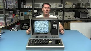 EEVblog #645 - TRS-80 Model I Retro Computer Teardown