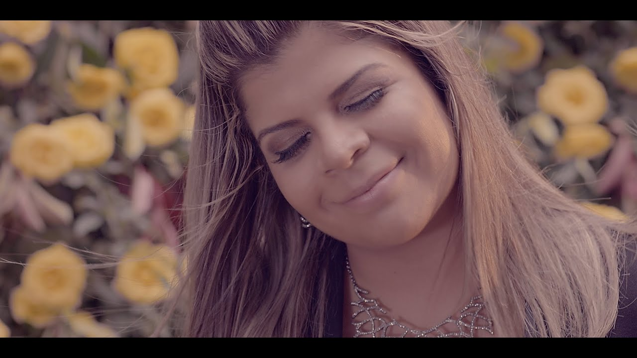 Rosa amarela - Paula Mattos