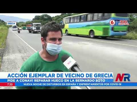 Un mecánico de Grecia tapó un hueco en carretera Bernardo Soto ante la espera del Conavi