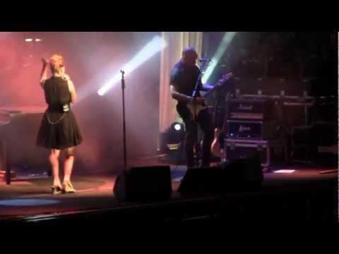 Download Youtube mp3 - Noemi - Bagnati dal sole (Live in Torino ...